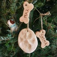 DIY Paw Print Christmas Ornaments