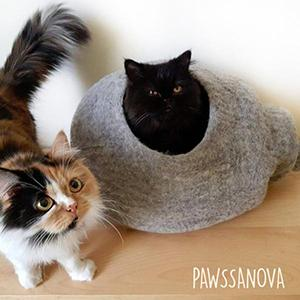Handcrafted Cat Caves - M
